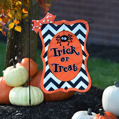 Chevron Spider Trick or Treat Flag Set