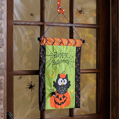 Happy Halloween Owl Wall Hanger