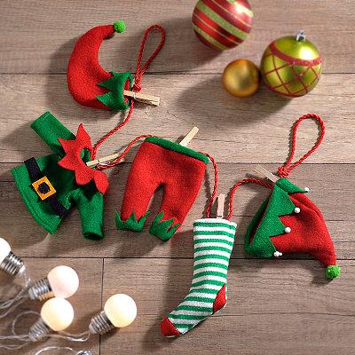 Santa Clothesline Garland