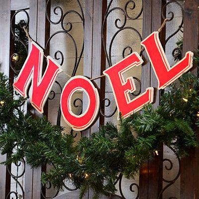 Red Wooden Noel Banner
