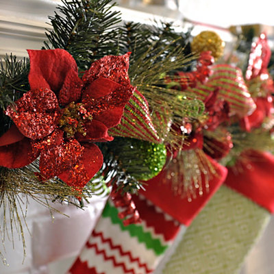 Poinsettia Pine Needle Garland