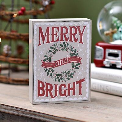 Merry and Bright Wreath Word Block