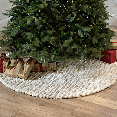 White and Gold Faux Fur Tree Skirt
