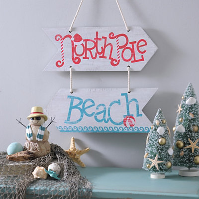 North Pole Beach Arrows Wall Hanger