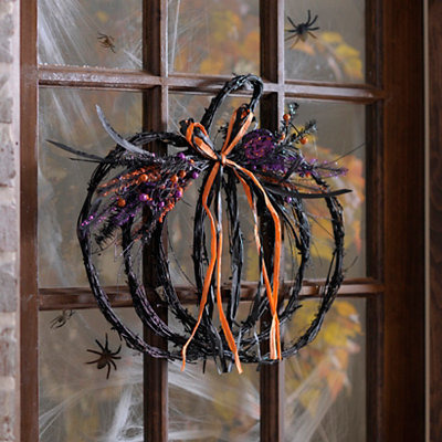 Spooky Twig Pumpkin Plaque