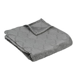 Gray Luxury Plush Quatrefoil Throw Blanket