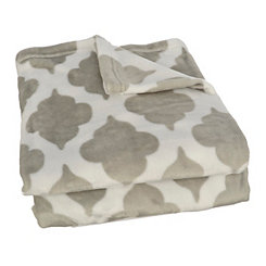 Gray Quatrefoil Plush Throw Blanket