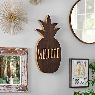 Welcome Pineapple Wall Plaque