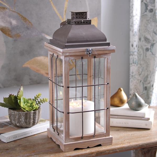 Pre-Lit Wood Edison Bulb Lantern