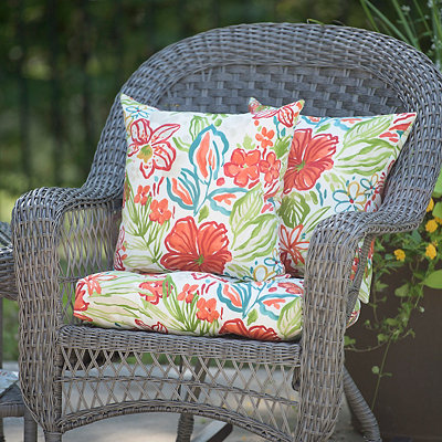 Valeda Breeze Outdoor Pillows, Set of 2