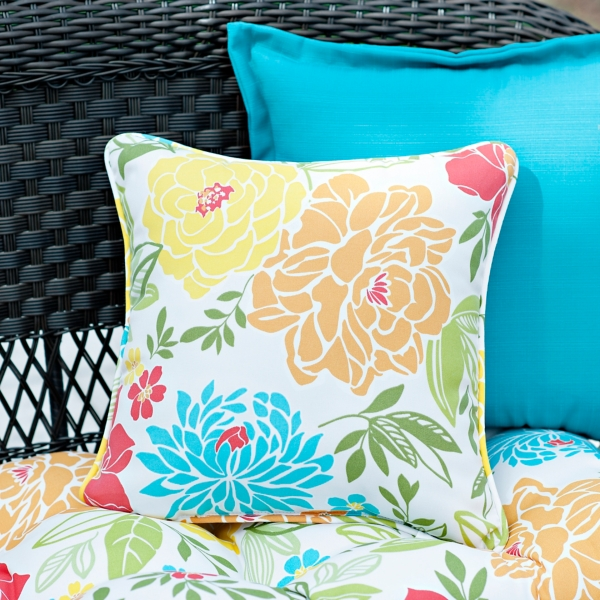 Set of 2 Spring Bling Outdoor Pillows