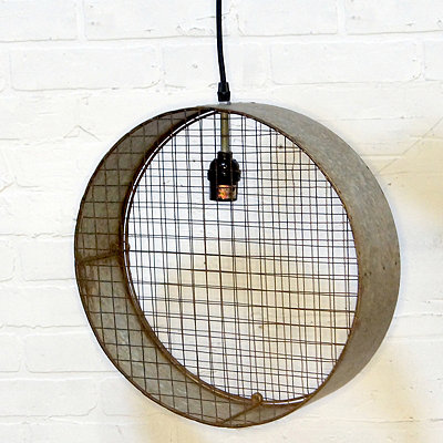 Metal Circle Pendant Light