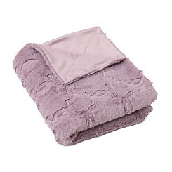 Purple Quatrefoil Faux Fur Throw Blanket