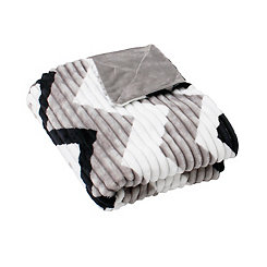 Chevron Ribbed Fleece Throw Blanket