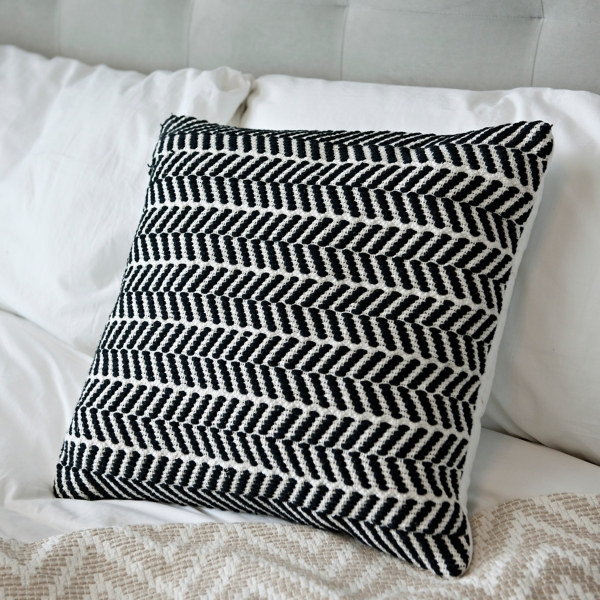 Throw PillowsDecorative PillowsKirklands