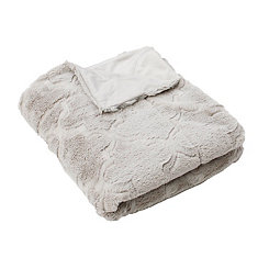 Silver Margo Quatrefoil Faux Fur Throw Blanket