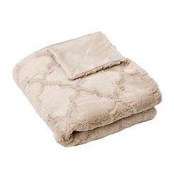 Humus Margo Quatrefoil Faux Fur Throw Blanket