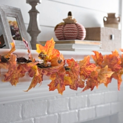 Harvest Maple Leaf Garland