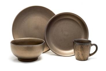 Teton Rubbed Gold 16-pc. Dinnerware Set
