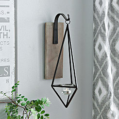 Hanging Metal Diamond Wall Sconce