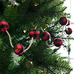 Red and Black Buffalo Check Christmas Garland