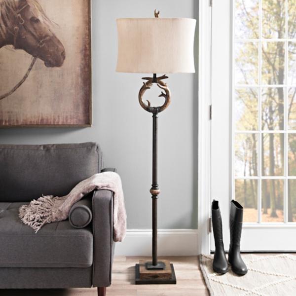 Mossy Oak Antler Floor Lamp