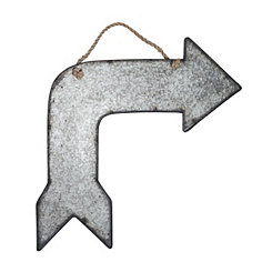 Right Turn Arrow Metal Hanging Plaque