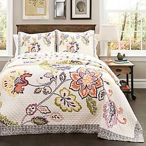 Coral and Navy Aster 3-pc. Full/Queen Quilt Set