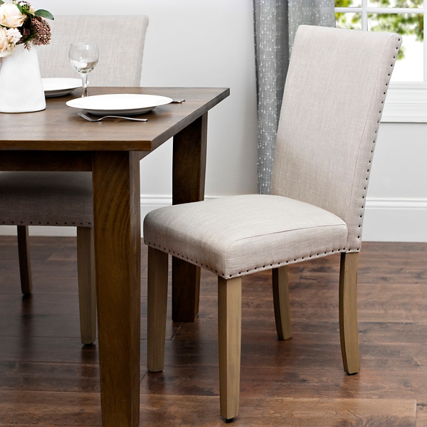 Charmant Oatmeal Linen Parsons Chair