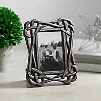 Black Knot Picture Frame, 4x6