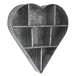 Farmhouse Heart-Shaped Galvanized Metal Shelf