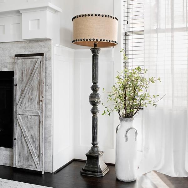 Distressed Oliver Baluster Floor Lamp