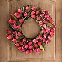 Red Tulip Spiral Wreath