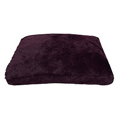 Chubby Faux Fur Wine Pet Bed