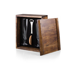 Beer Pilsner Set of 2 Glasses in Wood Gift Box