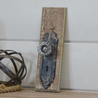Wood Door Knob Hook Wall Plaque