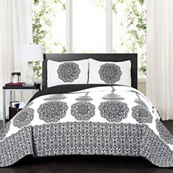 Stripe Medallion 3-pc. Full/Queen Quilt Set