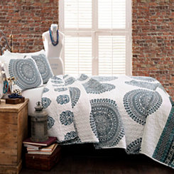 Sasha Medallion 3-pc. Full/Queen Quilt Set