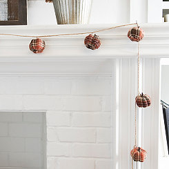 Buffalo Plaid Pumpkin Garland