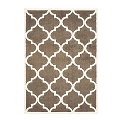 Verona Brown Trefoil Area Rug, 7x10