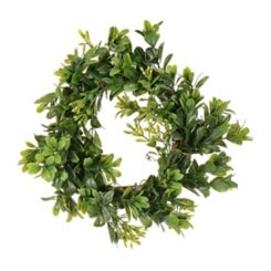 Green Boxwood Candle Ring