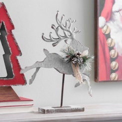 Right-Facing Corrugated Metal Reindeer Statue