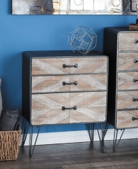 Chevron Patterned 3-Drawer Chest