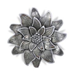 Galvanized Metal Concentric Flower Plaque