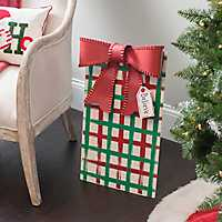 Metal Red and Green Plaid Patterned Present Plaque