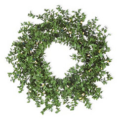 Pre-Lit Boxwood LED Wreath