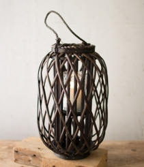 Medium Willow Lantern with Glass Pillar