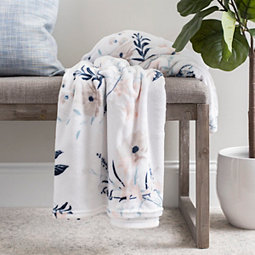 Delicate Floral Plush Oversized Throw