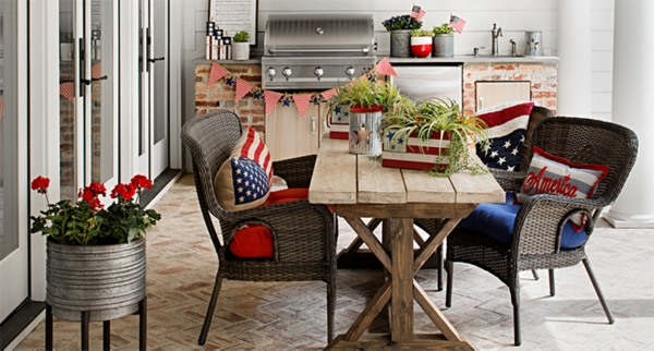 Patriotic Decorations - Show off your pride in red, white and blue with patriotic decorations!