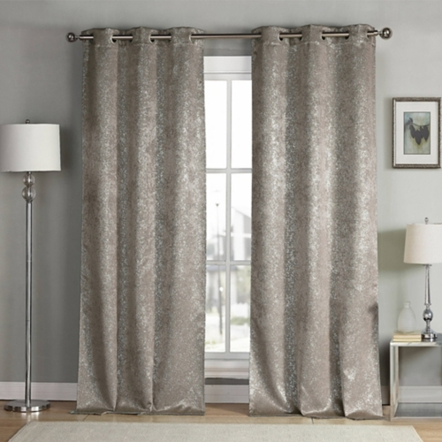 Rugs & Curtains